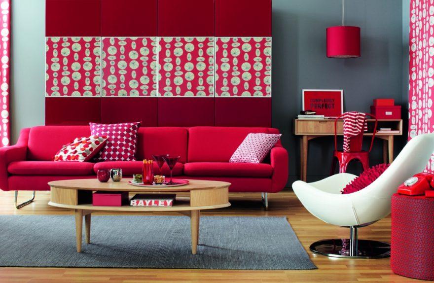 o vermelho na sala de estar