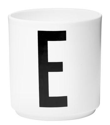 Caneca Arne Jacobsen letra E White Design Cartas Arne Jacobsen