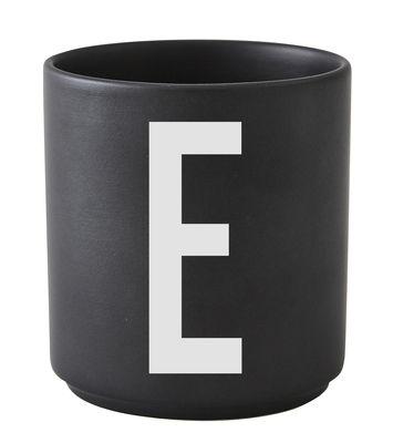 Κούπα Arne Jacobsen Επιστολή E μαύρες επιστολές σχεδίασης Arne Jacobsen