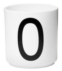 Becher Arne Jacobsen Buchstabe O weiße Entwurfs-Buchstaben Arne Jacobsen