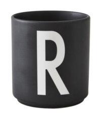 Taza Arne Jacobsen Letra R Black Design Letters Arne Jacobsen