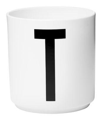 Taza Arne Jacobsen Letra T Blanca Letras de diseño Arne Jacobsen