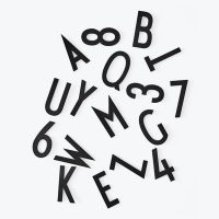 Big Numbers and Letters Set - por Arne Jacobsen / For Design Letters Panel perforado Black Design Letters Arne Jacobsen