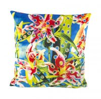 Toiletpaper cushion - Flower with hole - 50 x 50 cm Multicolor Seletti Maurizio Cattelan | Pierpaolo Ferrari