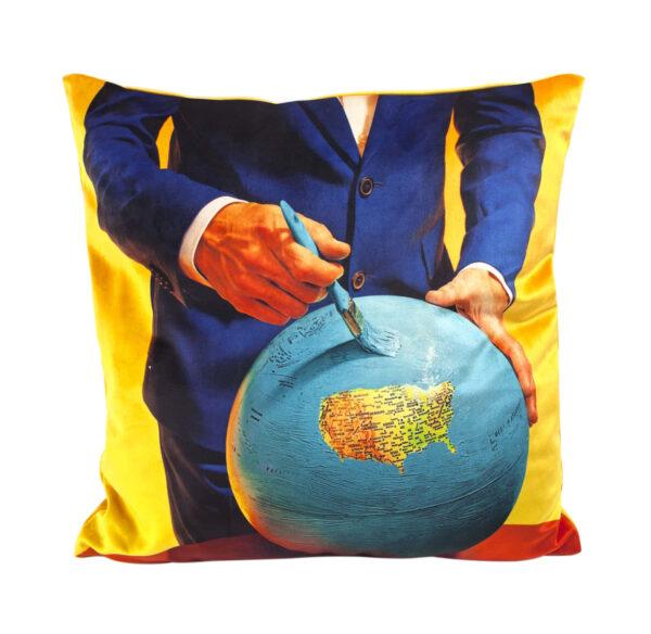 Coussin en papier hygiénique - Globe - 50 x 50 cm Multicolore Seletti Maurizio Cattelan | Pierpaolo Ferrari