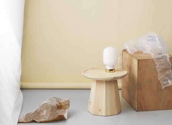 Lampe de table Amp Laiton | Blanc Normann Copenhagen Simon Legald