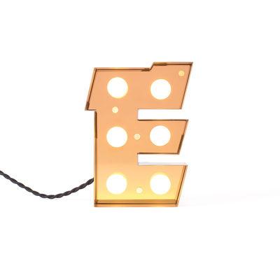 Candeeiro de Mesa Caractère Applique - Letra E Seletti Seletti de Ouro Brilhante | Studio Badini Creatim