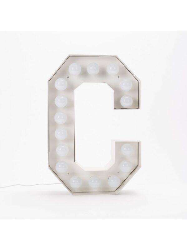 Candeeiro de Chão Vegaz - Letra C - H 60 cm Branco Seletti Selab