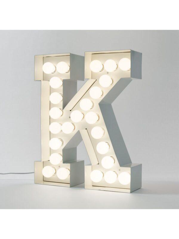 Candeeiro de Chão Vegaz - Letra K - H 60 cm Branco Seletti Selab