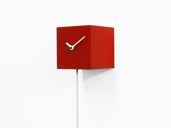 Long_time Reloj de pared rojo Progetti Alessia Gasperi 1