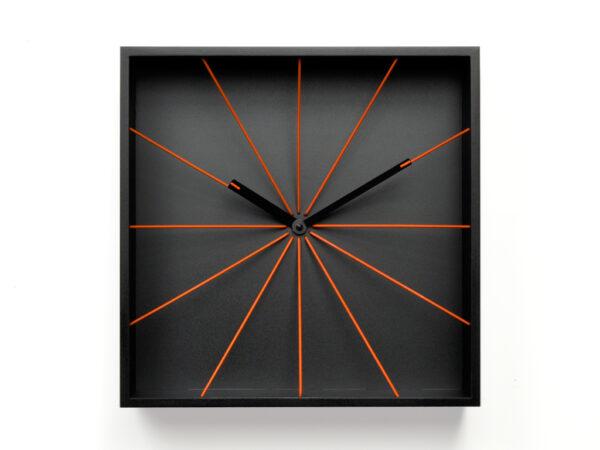 Projetos de relógios de parede em perspectiva negra Riccardo Paolino & Matteo Fusi 2