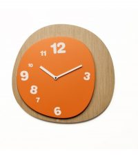 Woodie wall clock Light wood | Orange Projects Alberto Sala 1