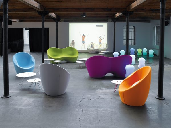 Ouch armchair with green Casamania Karim Rashid armrests