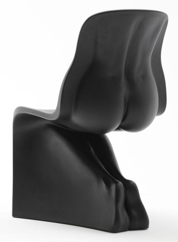 Son fauteuil noir Casamania Fabio Novembre
