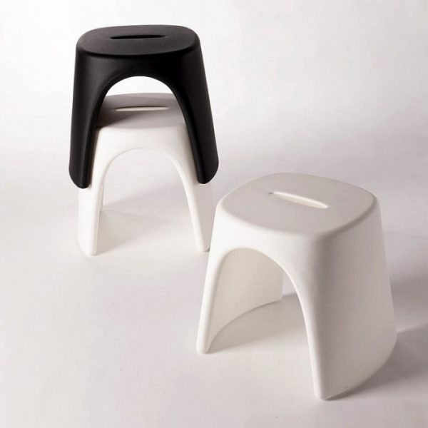 Amelie Low Stool Λευκό σκαμπό Slide Italo Pertichini 1