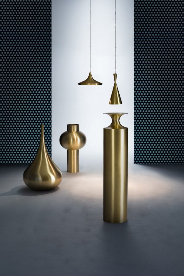 Vessel Tall Beat Vase Ø 25 x H 109 cm Brass Tom Dixon Tom Dixon