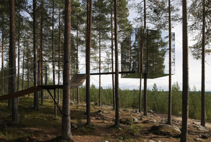 Tree-Hotel-by-Tham-and-Videgard-Arkitekter-3
