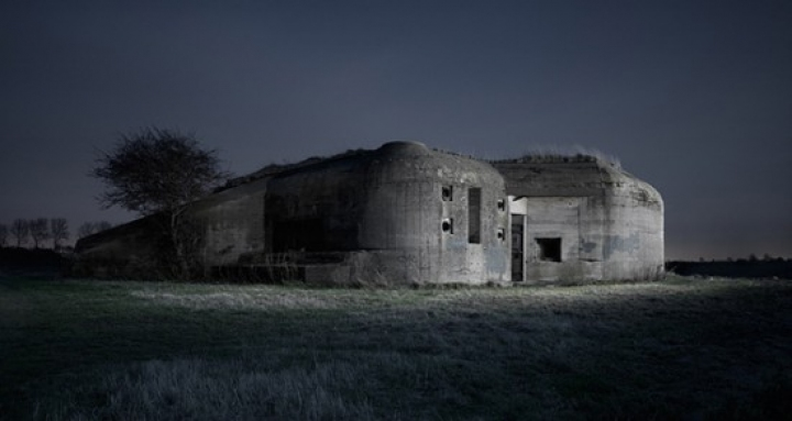 jww2_bunkers-jonathan_andrew-00-550x293