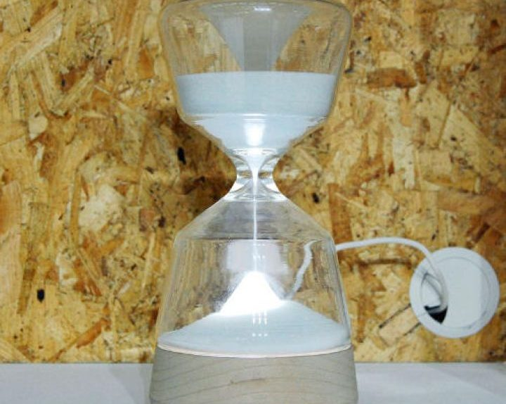 Night-Night-Hourglass-Lamp