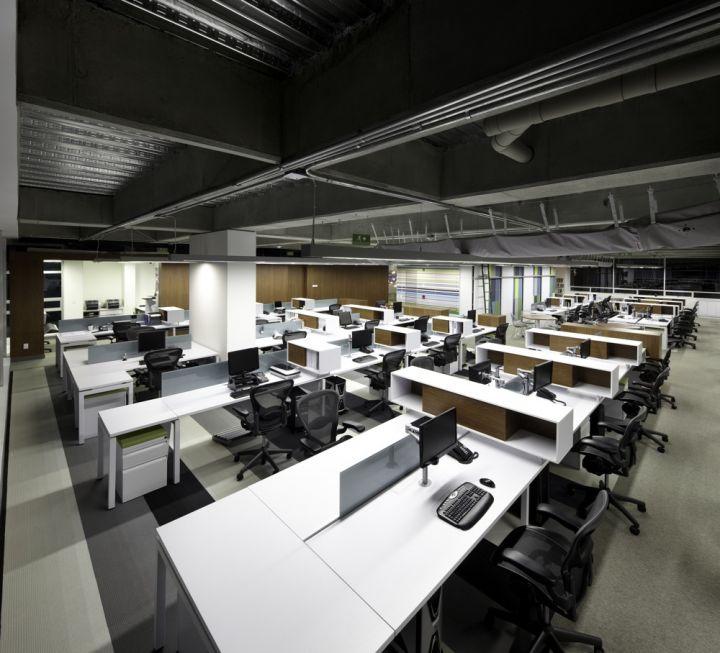 1299075259-open-office-floor-3