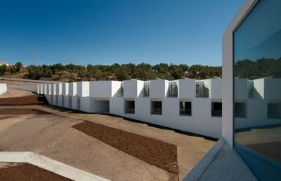ALCACER-DO-SAL-FORM-by-Aires-Mateus-architects-photo-Fernando-and-Sergio-War-Yatzer-1