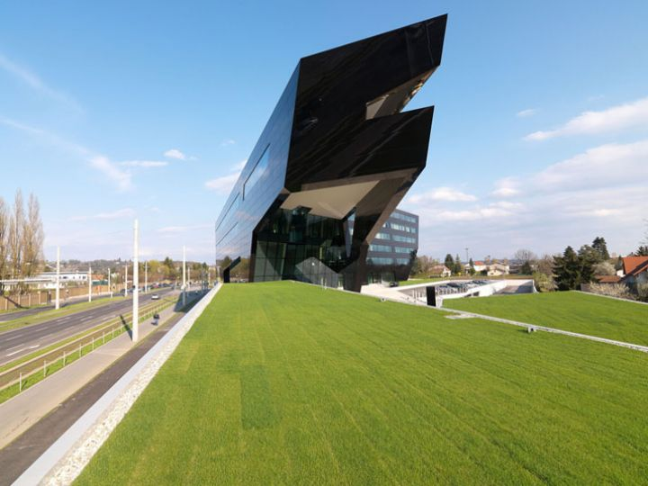 Black-Panther par GSArchitects-photo-Gerald-Liebminger-Yatzer-2