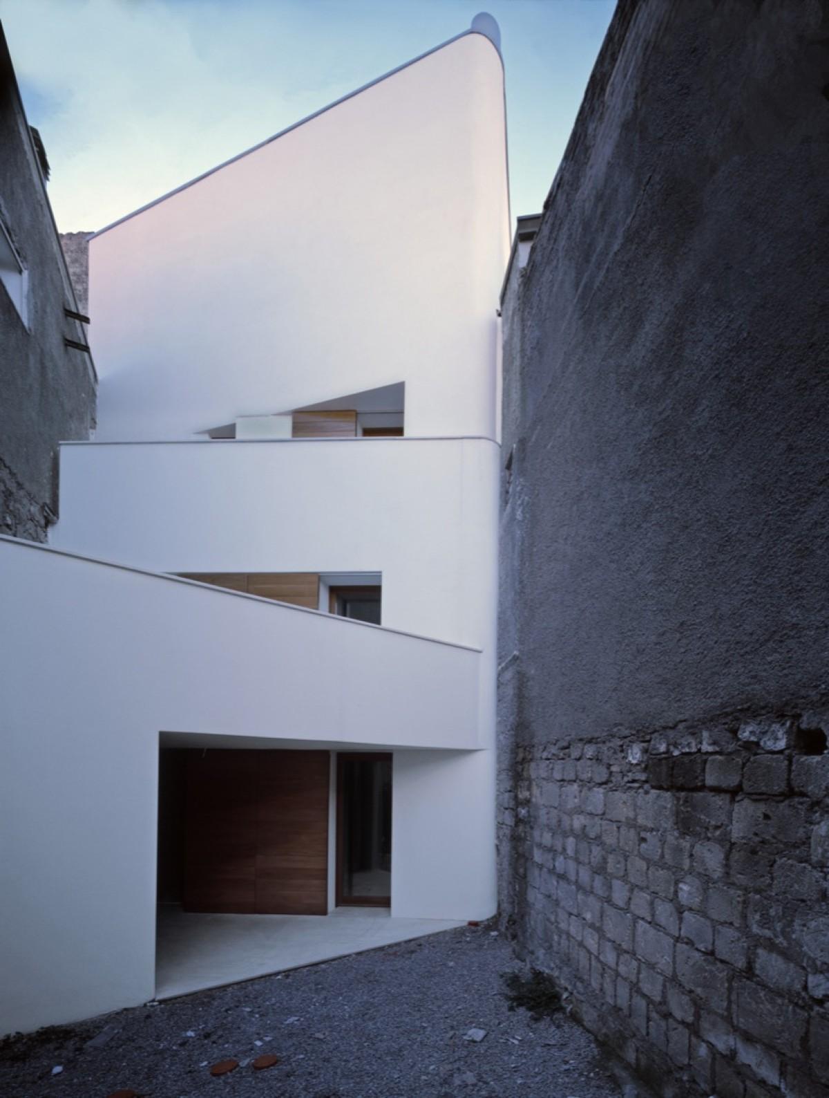 Raimondo Guidacci deux maisons 11