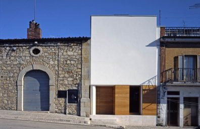 Raimondo Guidacci two houses