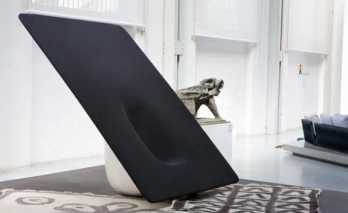 03_woofer_Chair_Ministry_of_Design