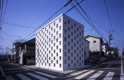 10_Cell_Brick_House_Atelier_Tekuto