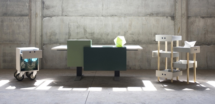 cestino_per_la_carta_scrivania_pannellata_e_cassettiera_sospesa