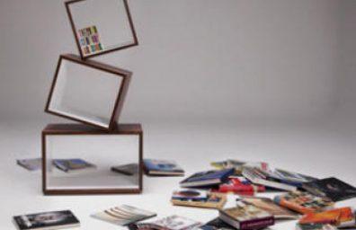 Equilibrium-Modern-Bookcase par Alejandro-Gomez-Stubbs-Malagana-Design