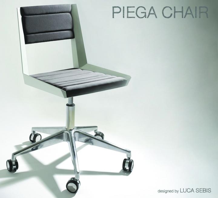 luca_sebis_ergata_piega_chair