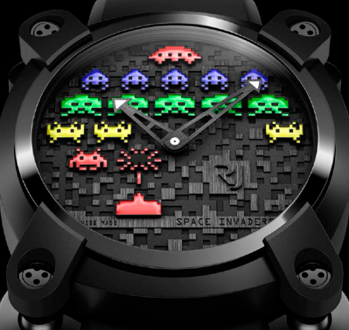 space-invaders-watch-4