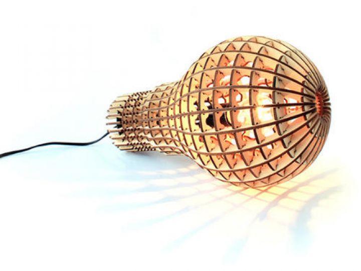 Wooden-Bulb-by-Barend-Hemmes