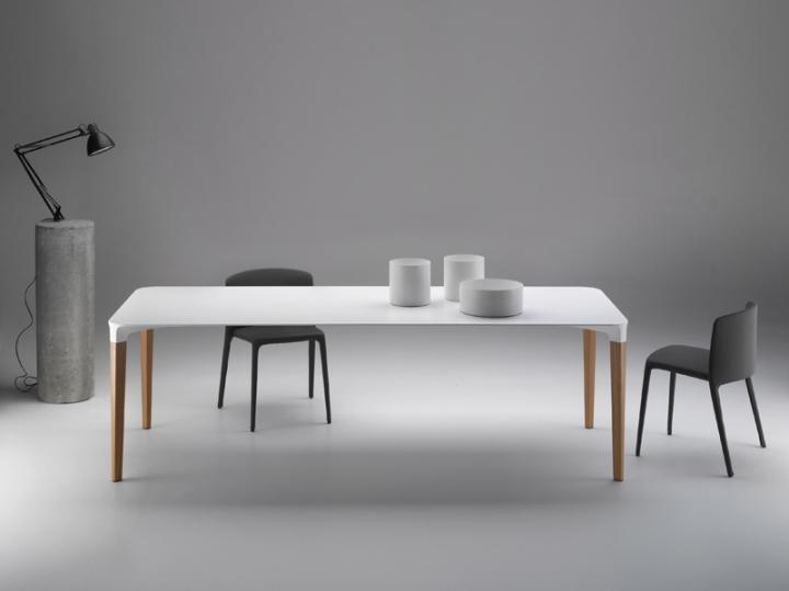 Luis_Alberto_Arrivillaga_Beam_table_03