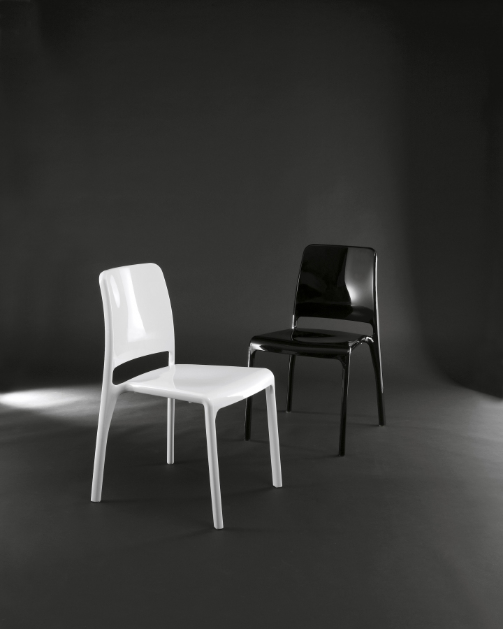 OZZIO_Design_-_sedia_HOLE.2