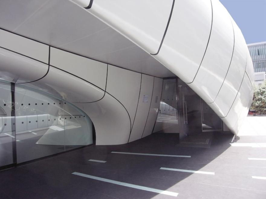 Zaha Hadid Mobile Art Pavilion 05