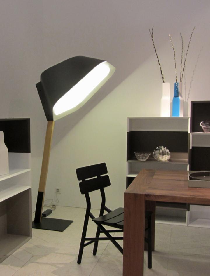 ligne roset lampe peye design magazine social. Black Bedroom Furniture Sets. Home Design Ideas