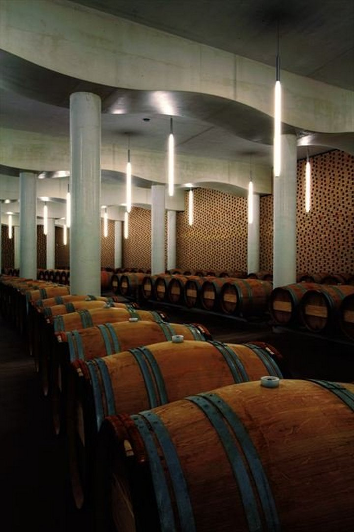 christian de portzamparc chateau cheval blanc winery 016