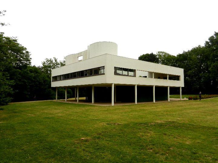 a - Villa Savoye 9