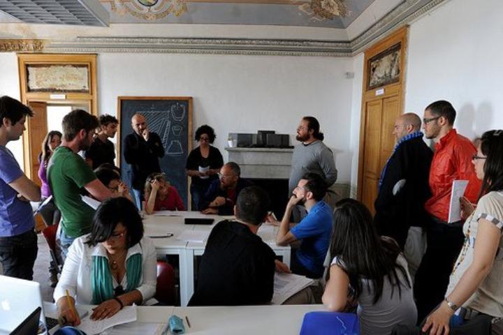 Lecciones Abadir aula con Giulio Iacchetti 2