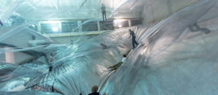 El espacio-tiempo trigo sarraceno espuma de tomas