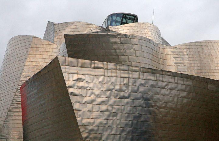 Frank Gehry Guggenheim Bilbao 06
