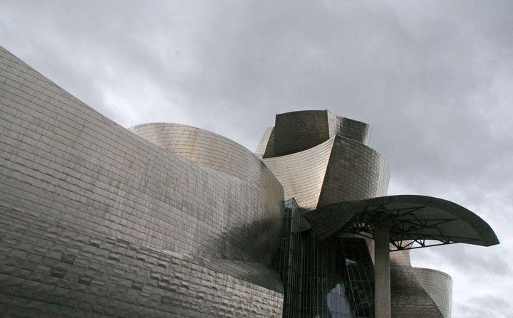 Frank Gehry Guggenheim Bilbao 10