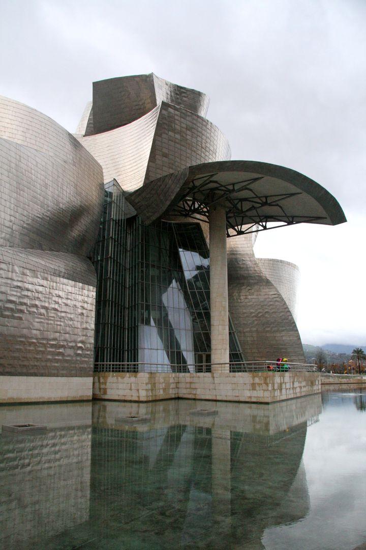 Frank Gehry Guggenheim Bilbao 13