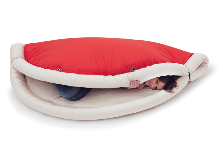 carpet coaxed sleeping bag Belnotes 02