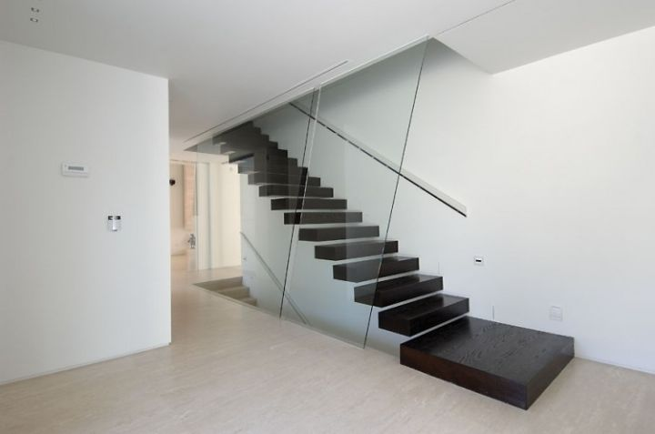 House-a-Las-Rozas-16 1--750x497