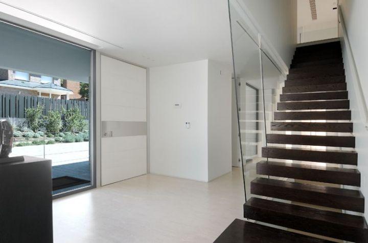 House-a-Las-Rozas-16-750x497