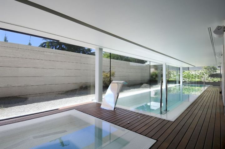 House-in-Las-Rozas-23-750x497